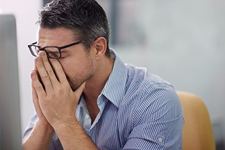 This is the image for the news article titled How To Avoid Digital Eye Strain